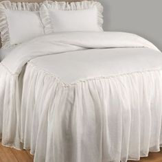 Wamsutta Vintage Skirted Full Bedspread In White