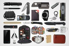 If you're like us, finding the right gear to EDC for ourselves is hard enough. Trying to find a holiday gift for another like-minded EDCer can be daunting, if not utterly exhausting. How do you pick something they'll appreciate, actually use, and be proud to carry? Our holiday gift guide should help. We've broken down 25 gift ideas for any kind of EDCer on your list.