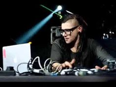 Skrillex+-+Full+Songs+%28Remix%29+-+http%3A%2F%2Fbest-videos.in%2F2012%2F12%2F08%2Fskrillex-full-songs-remix%2F