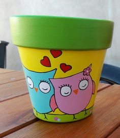 Flower Pot Art, Flower Pot Design, Flower Pot Crafts, Painted Plant Pots, Painted Flower Pots, Pottery Painting, Diy Painting, Recycled Crafts Kids, Decorated Flower Pots