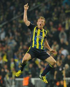 Fenerbahçe - Bursaspor   Dirk Kuyt     ⚽⚽⚽⚽I think he Made a goal ⚽⚽⚽⚽