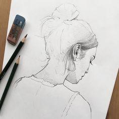 いいね!4,651件、コメント22件 ― f ι σ r i λ η g ε γ ε rさん(@lazy.arts)のInstagramアカウント: 「Quicksketch of @alexachung . . #quicksketch #sketch #pencil #profile #portraiture #hairbun #pencil…」