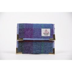 Stunning, highly practical Harris Tweed small wallet. It features 2 internal pockets for cards and/or notes and space for coins. #Gifts under £20  Made in the UK http://www.madecloser.co.uk/christmas/gifts-under20/harris-tweed-small-wallet