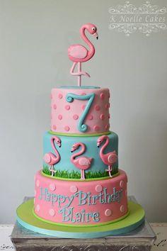 Flamingo-Torte von K Noelle Cakes… - Rebekah's birthday - Torten Flamingo Cupcakes, Pink Flamingo Party, Flamingo Birthday, Pink Flamingos, Deco Cupcake, Cupcake Cakes, Decors Pate A Sucre, Birthday Cake Girls, Birthday Cakes