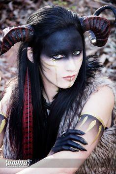 The pagan priestess | Ambra