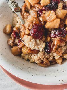 Gruau au quinoa, pommes, pacanes, canneberges et cannelle | Recettes | La Fraîche