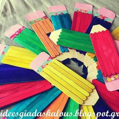 Projekty na vyskúšanie Brown Things brown color under fingernails Class Decoration, School Decorations, Popsicle Stick Crafts, Craft Stick Crafts, Diy Crafts To Do, Arts And Crafts, Pencil Crafts, Bookmarks Kids, Back To School Crafts