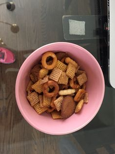 Chex Mix was a big hit at our party! Chex Mix, Party Fun, Best Part Of Me, Big, Breakfast, Food, Morning Coffee, Essen, Meals