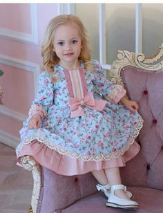 31 Ideas Sewing Clothes Kids Toddlers Long Sleeve For 2019 Girls Boutique Dresses, Little Dresses, Little Girl Dresses, Cute Dresses, Vintage Baby Dresses, Kimonos Fashion, Victorian Children's Clothing, Kids Dress Wear, Dress Girl
