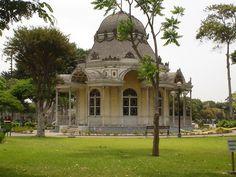 Pabellón Francés ► Parque de Lima ►