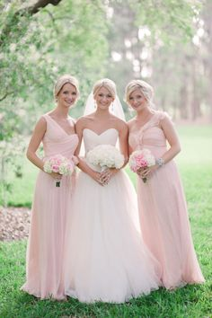 pink roses & white hydrangea bridesmaid bouquets / white bridal bouquet. {love everything}