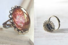 vintage ring • bright glossy rose glass • by www.annundfuermich.de #jewellery #jewelry