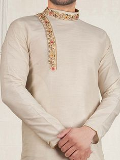 Wedding Kurta For Men, Wedding Dresses Men Indian, Wedding Dress Men, Gents Kurta Design, Boys Kurta Design, Kurta Pajama Men, Kurta Men, Indian Men Fashion, Mens Fashion Suits