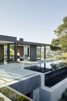 """Oak Pass House is a home located in Beverly Hills, California, USA. The contemporary house was designed by Walker Workshop. According to the architects: """"The Oak Pass Main house u… Architecture Design, Residential Architecture, Contemporary Architecture, Workshop Architecture, California Architecture, Contemporary Houses, Vernacular Architecture, Building Architecture, Landscape Architecture"""