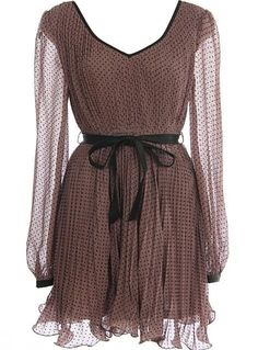 Gorgeous, chiffon dress, I would love to wear this sitting under a tree in the middle of no where reading a good book :D