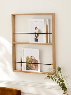 Stunning 36 Attractive Diy Magazine Rack Design Ideas That You Will Like It. Porte Magazine Mural, Magazine Rack Wall, Wall Racks, Wall Shelves, Porte Photo Mural, Office Space Decor, Diy Interior, Diy Wall, Home Accessories