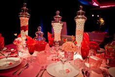 Centro de mesa lleno de dulce inspirado en Katy Perry - Foto: Floramor Studios