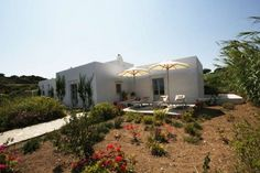 Intimate and luxurious Jade Villa in Greece