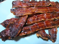 well, this looks ridiculously yummy and bad for you! Maple Sugar Candied Bacon Thick-cut bacon Granulated maple sugar Grab your bacon. Sprinkle each slice with tsp. of granulated maple sugar. Bacon Chocolate Chip Cookies, Candied Bacon, Bacon Bacon, Sugar Candy, Eat Breakfast, Breakfast Ideas, Pork Recipes, Recipies, Sweet And Spicy