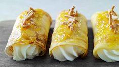 Rådhuspandekager - Se Mette Blomsterbergs opskrift her! Sweet Desserts, Cake Cookies, Food Videos, Foodies, Deserts, Brunch, Dressing, Sweets, Snacks
