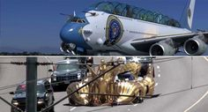 Imaginary Donald Trump's Air Force One And Presidential Limo Have you ever wondered what Donald Trump's Air Force One and Presidential Limo would look like, considering the man's grandiose style. A South-African director, Neill Blomkamp, has envisioned these two items in a hilarious manner, meant to make the transition to the new style easier to bear. The...