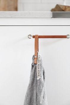 Smarta handdukshängare med magnetfäste