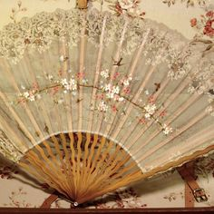 Antique 19th Century Ladies Fan