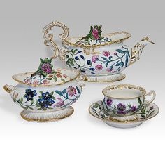 Service with relief floral decoration    1850s-1860s    Popov factory    Porcelain, with relief decoration, polychrome overglaze painting and gilding    Tea and coffee services occupied an important place in the Popov factory's output in the mid-19th century. The variously-shaped items repeated fashionable European examples in which the Rococo style was dominant.