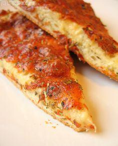 Roasted Garlic Pizza | Kuntal's Kitchen