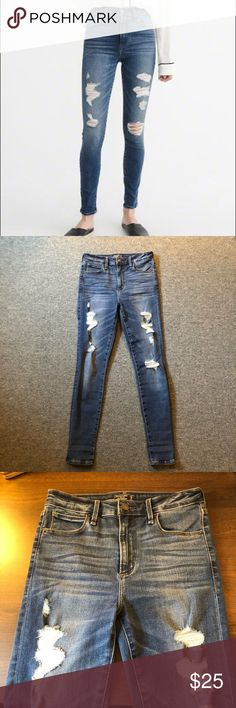 HIGH RISE SKINNY JEANS Super cute high rise jeans!! These are the Simone High Rise Super Skinny Jeans from Abercrombie and Fitch!! Worn once. Abercrombie & Fitch Pants Skinny