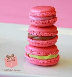 The French Macaron debuts at Pink Cake Box!