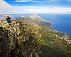 view from Table Mountain Cape Town South Africa Best Vacation Spots, Best Vacations, Signal Hill Cape Town, Table Mountain Cape Town, Mountain View, Places To Travel, Places To Visit, Travel Destinations, New Africa