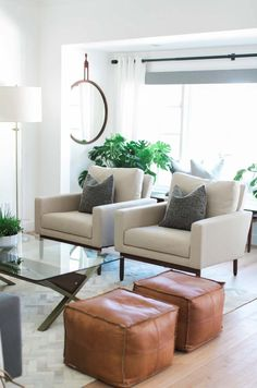 New living room chairs modern interior design Ideas New Living Room, Living Room Modern, Living Room Designs, Living Room Decor, Dining Room, Dining Chairs, Chairs For Living Room, Table Lamps, Side Chairs