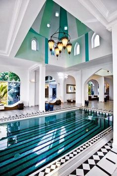 Swimming pool designs featuring new swimming pool ideas like glass wall swimming pools, infinity swimming pools, indoor pools and Mid Century Modern Pools. Luxury Swimming Pools, Luxury Pools, Dream Pools, Swimming Pool Designs, Lap Swimming, Luxury Spa, Modern Luxury, Luxury Travel, Indoor Pools
