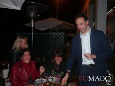 Magia en el restaurant El Tastet San Cugat. Magia de cerca entre los comensales. www.tumago.com