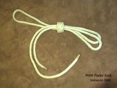 Knots and Lashings - Knotworkn Website  http://www.knotworkn.com/knots_Lashings.html