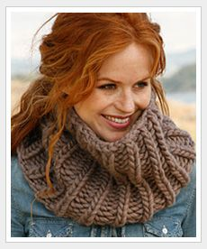 """Bold and Beautiful - Knitted DROPS head band and neck warmer in English rib in """"Polaris"""". - Free pattern by DROPS Design Knit Cowl, Knitted Shawls, Crochet Scarves, Knit Crochet, Rib Knit, Knitting Patterns Free, Free Knitting, Free Pattern, Drops Design"""