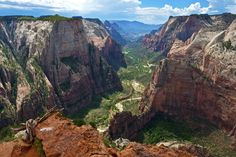 Zion National Park, Utah | 29 Surreal Places In America You Need To Visit Before You Die