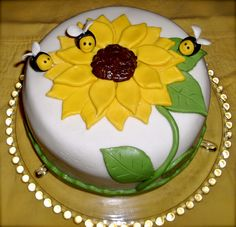 Sunflower Birthday Cake | sunflower i got inspiration from other sunflower cakes on cc and this ...