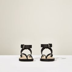 Image 5 of STUDIO LEATHER STRAPPY SANDALS from Zara