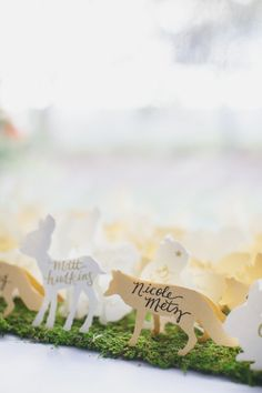 DIy animal cut-out place cards: http://www.stylemepretty.com/2014/10/24/natural-romance-in-wine-country/ | Photography: Jasmine Star - http://jasminestar.com/