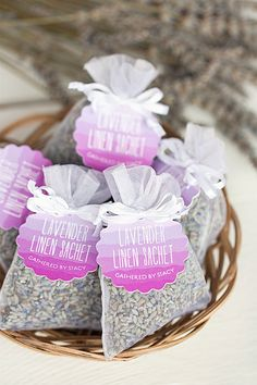 How to make lavender linen sachets—a perfect gift for friends and family!