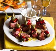 Seared beef, grilled pepper & caper berry