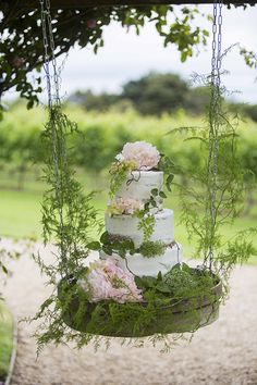 Hanging garden wedding cake