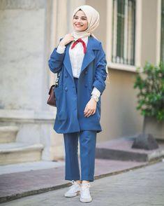 Şevval | Blog yazarı,eğlence,hayata dair her şey |  #tesettür #hijab #hijabgirls Hijab Style Dress, Hijab Chic, Hijab Outfit, Modest Fashion, Girl Fashion, Fashion Outfits, Modele Hijab, Hijab Trends, Street Hijab Fashion