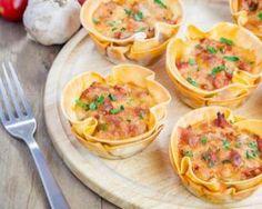 Cupcakes solo de lasagnes allégées au saumon : http://www.fourchette-et-bikini.fr/recettes/recettes-minceur/cupcakes-solo-de-lasagnes-allegees-au-saumon.html