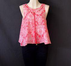 #Blusa #rosa con #grecas y #abertura en #espalda