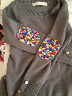 Jeweled Elbow Patches. Create a style of intelligence, distinction and romantic fashion. Give your old sweater or jacket a new life. http://hative.com/diy-elbow-patches/
