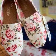 floral Toms shoes