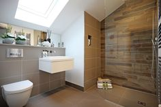 Create interested by featuring wooden tiles inside your shower unit. Minoli Tree-Age porcelain tiles are non-porous and are suitable for bathrooms and shower walls. Wood Effect Porcelain Tiles, Wood Effect Tiles, Wood Look Tile, Wooden Walls, Wooden Flooring, How To Waterproof Wood, Shower Units, Aging Wood, Room Tiles